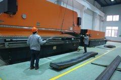 大吨位折弯机